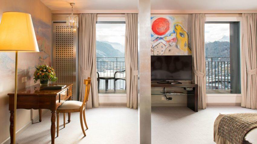 Thăm khách sạn Carlton lừng danh ở Bỉ